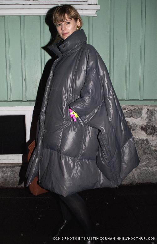 2_Tent_Coat